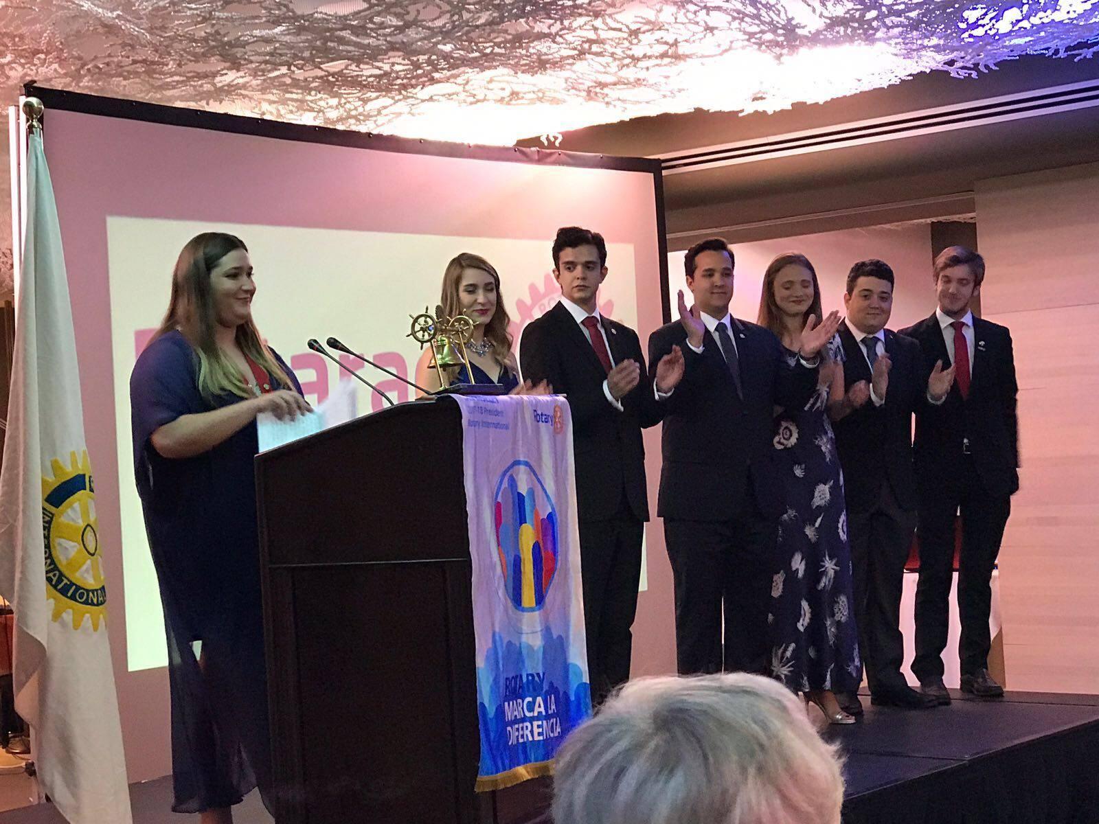 Nueva Junta equipo distrital Rotarac