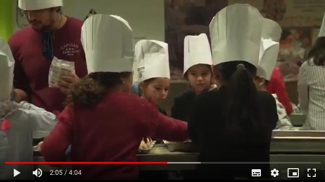 Más de 300 niños con necesidades participaron en una Fiesta de Navidad organizada por Rotary en el Colegio La Salle de Palma