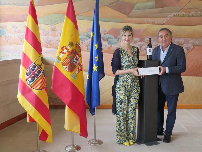 La bodega de Somontano y el Club Rotary llegan a un acuerdo internacional para colaborar en fines humanitarios a través del Vino Solidario