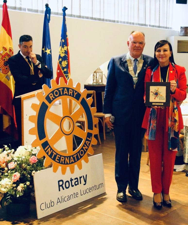 Arturo Alagón visita el RC Alicante Lucentum