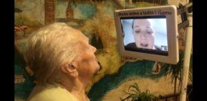 Rotary Club sevilla ayuda a los mayores